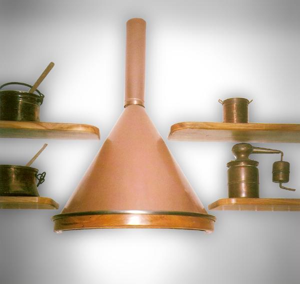 Bruno Acciai - Cappe a tronco di cono per cucina realizzate in rame
