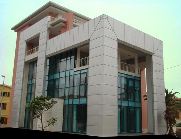 Perfect in alluminio delle facciate esterne degli edifici for Facciate di case classiche