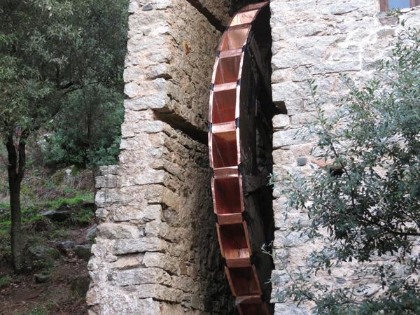 Restauro vecchio Mulino di Olzai con rivestimenti in rame - foto 2