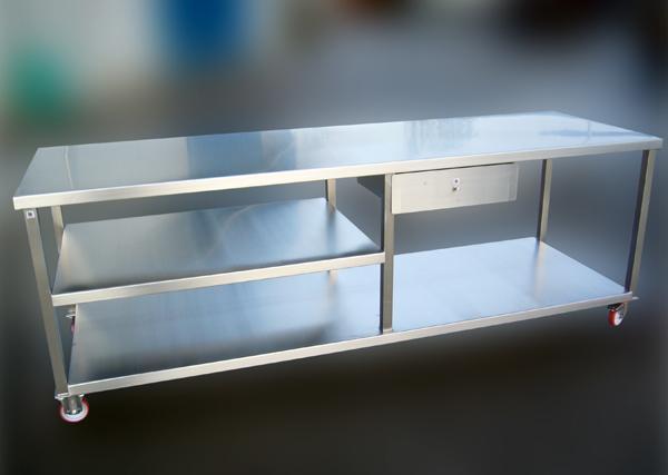 Tavolo a carrello in acciaio INOX - lavorazioni alimentari - foto 1