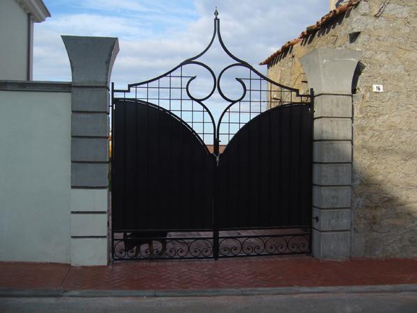 Eccezionale Bruno Acciai - Cancello in ferro battuto modello gotico HO38