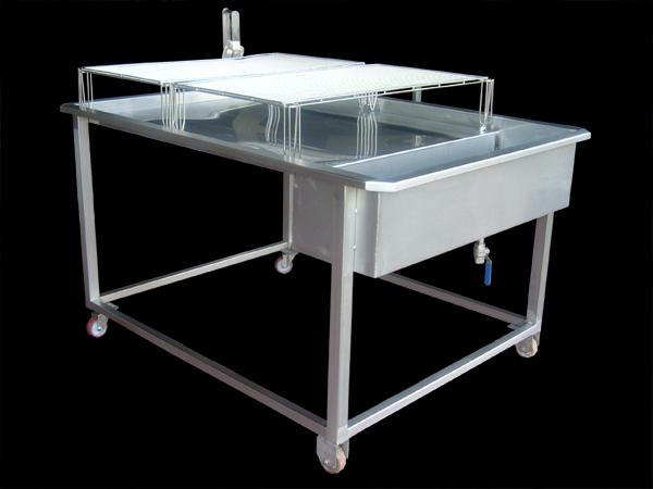 Tavolo lavorazione formaggi in acciaio INOX - foto 1