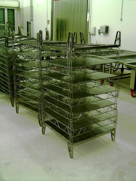 Griglie impilabili in acciaio per  stagionatura formaggi - foto 1