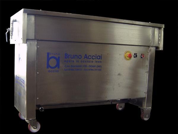 Lavaformaggi in acciaio INOX con spazzole a vista - foto 1