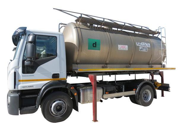 Cisterna scarrabile per il trasporto di liquidi  - foto 1