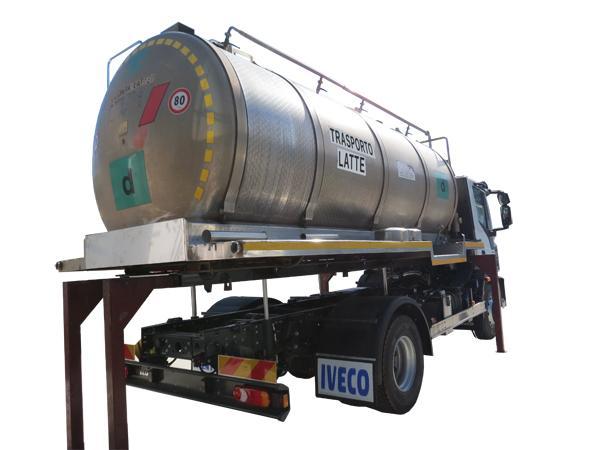 Cisterna scarrabile per il trasporto di liquidi  - foto 2