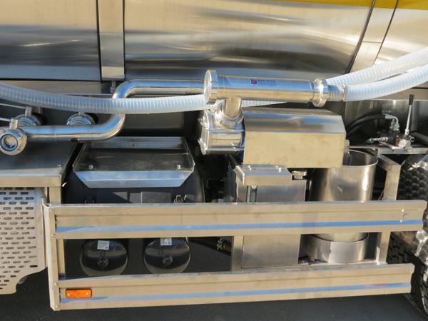 Autocisterna per il trasporto del latte Milk 11K - foto 4