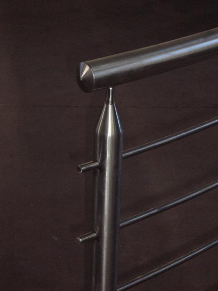 Ringhiere calandrate da esterni  in acciaio INOX - foto 3