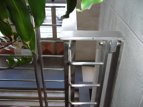 Ringhiere da esterni in acciaio INOX modello Linear - foto 2