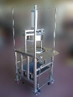 foto del prodotto Taglierina pneumatica in acciaio INOX per pane carasau